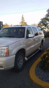 2004 Cadillac Escalade Esv SUV, Crossover