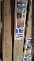 Laminate Flooring 8mm - 92.8 sqft