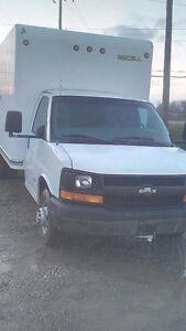 2006 GMC C/K 3500 cube Truck
