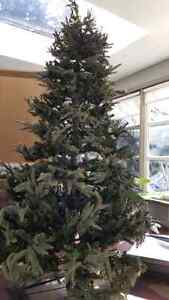 Artificial Christmas tree -8ft
