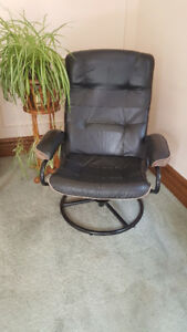 leather recliner,  excellent condition