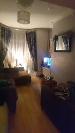 Room in 2 bed house in popular location close to city ctr - all bills included