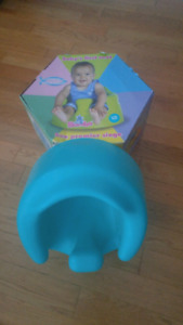 Bumbo chair with play tray