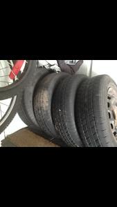 4 pneus été : 165/70r13 avec rimes