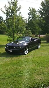 2012 Ford Mustang GT Convertible