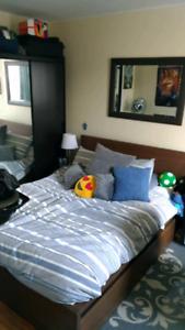 2 bedroom 10 minutes to Queens University