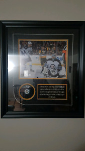 Sidney Crosby autographed puck commemorating 1000th NHL point