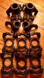 Losi LST2 - Front Spindles