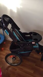 Baby Trend ELX Jogging Stroller Pousette