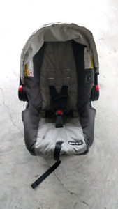 Graco snugride classic 30 click connect baby car seat