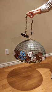 Tiffany-Style Hanging Light Fixture