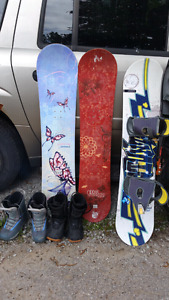 Assorted snowboards accessories