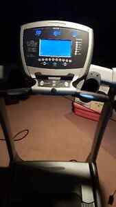 Vision Fitness Deluxe T9550 - Treadmill/Tapis Roulant