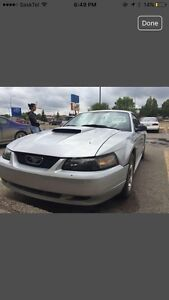 2004 Ford Mustang w/ remote start