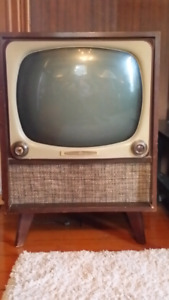 GE Television 1951