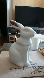 Bunny Rabbit candy jar white decoration