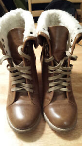 Brand New Nine West Brown Boots (Size 7.5)
