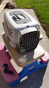 Cat or small dog carry crate