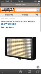LUMAHAWK LD312AS ON-CAMERA LED /W DIMMER AND COLOUR CONTROL