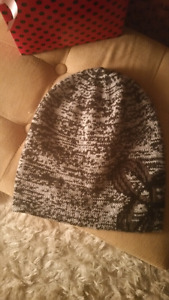 Tna Montane Slouchy Hat