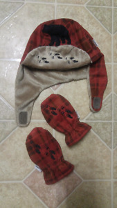 Baby hat amd mittens never worm $10
