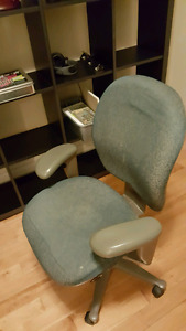 Desk chair with lots of adjustments