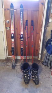 Snowboards/Skiis/Boots/Roof Carrier/Roller blades