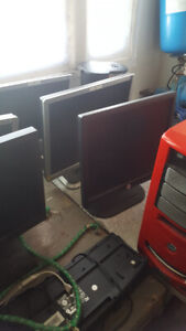 15 and 17 in monitors with cords