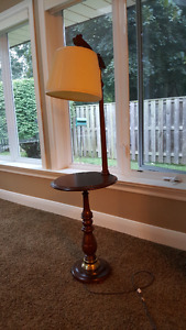 Roxton stand-up lamp - in mint condition