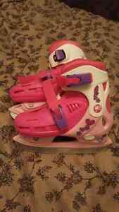 Adjustable Barbie skates