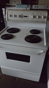 Several white electric stoves for sale 100.00 each, Delivery ava