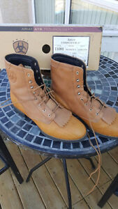 SZ 9 / 8.5 ARIAL RIDING BOOTS or fashion