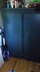 Dresser/Twin Bed Frame