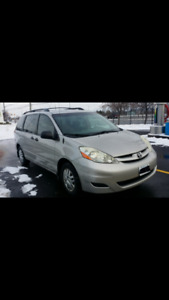 Toyota Sienna CE 2006 in very good condition