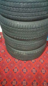 4 Goodyear Wrangler 275/65/18 114T tires