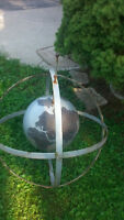 ► Large Steel Globe Statue ( Roof Top Sign or Lawn Decoration )