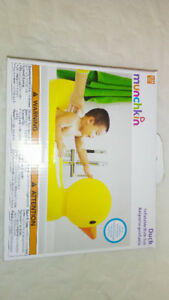 Munchkin Inflatable Duck Tub