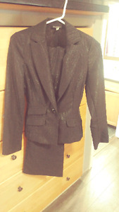 Size 2 black dress jacket pank suit