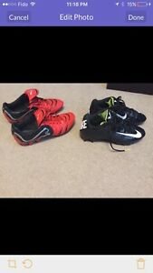 Men's football and soccer cleats
