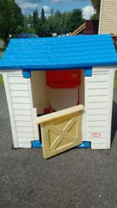 Maison Little Tikes en plastique pour enfants