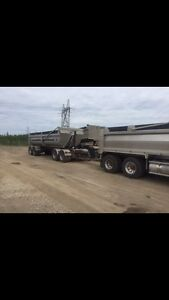 2007 Kenworth T800 graval truck and 2012quad unit for sale