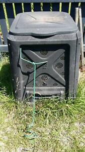 Compost Bin and Aerator Strathpine Pine Rivers Area Preview