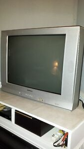 27 inch electrohome TV