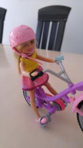 Barbie et sa petite sœur + vélo tandem
