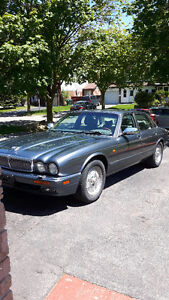 1995 Jaguar XJ6 Vanden Plas Sedan