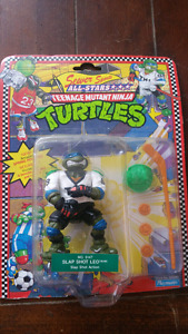 TMNT Slap Shot Leo action figure