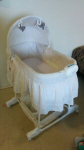 new born baby bed