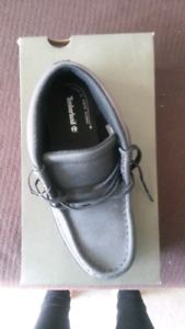 Timberland shoes size 3 youth