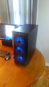 mint condition I-7 level performance liquid cooled gaming pc