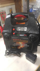 Bloc d'alimentation MotoMaster 700AMP
